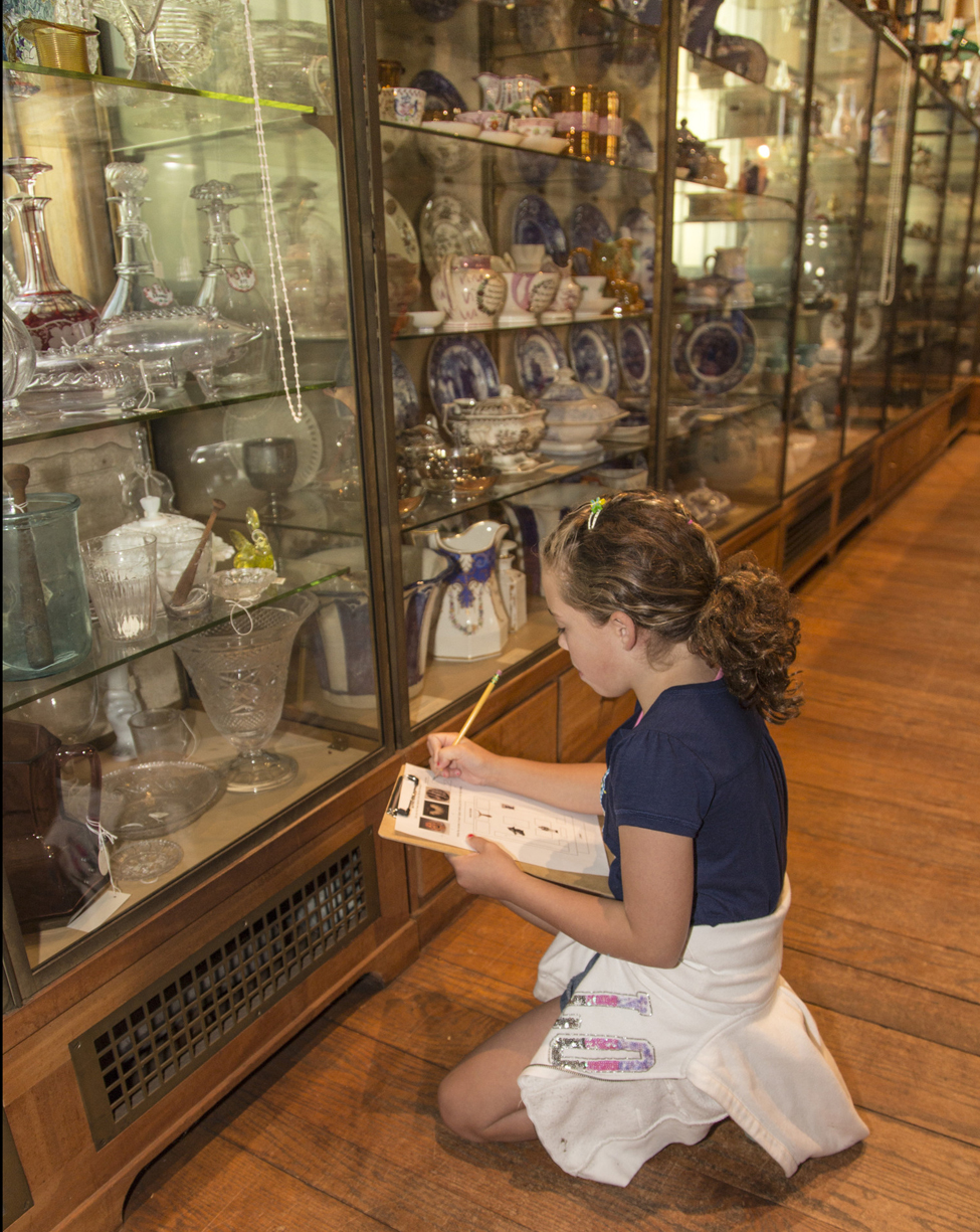 Elementary school student visiting the Joseph Allen Skinner Museum