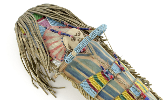 Unknown artist (Apsáalooke), Toy cradleboard and doll (detai), late 19th or early 20th century