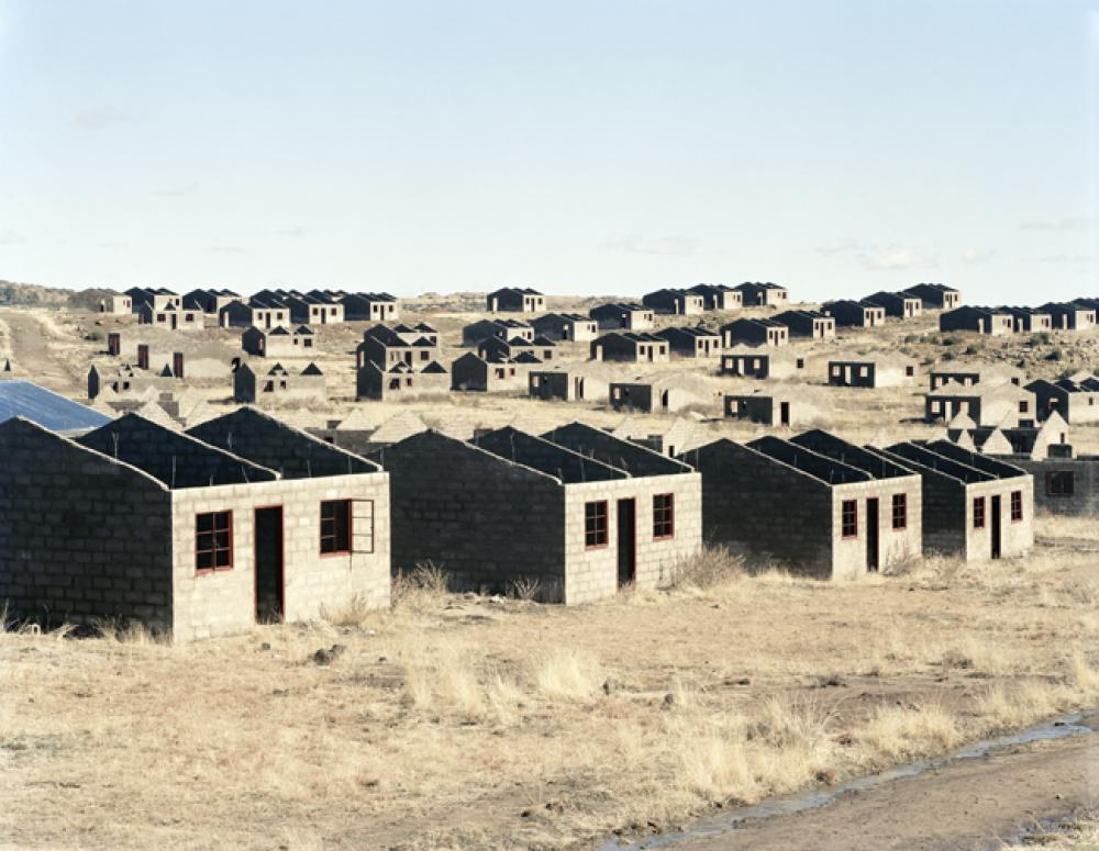 David Goldblatt, Stalled municipal housing scheme, Lady Grey, Eastern Cape. 5 August 2006
