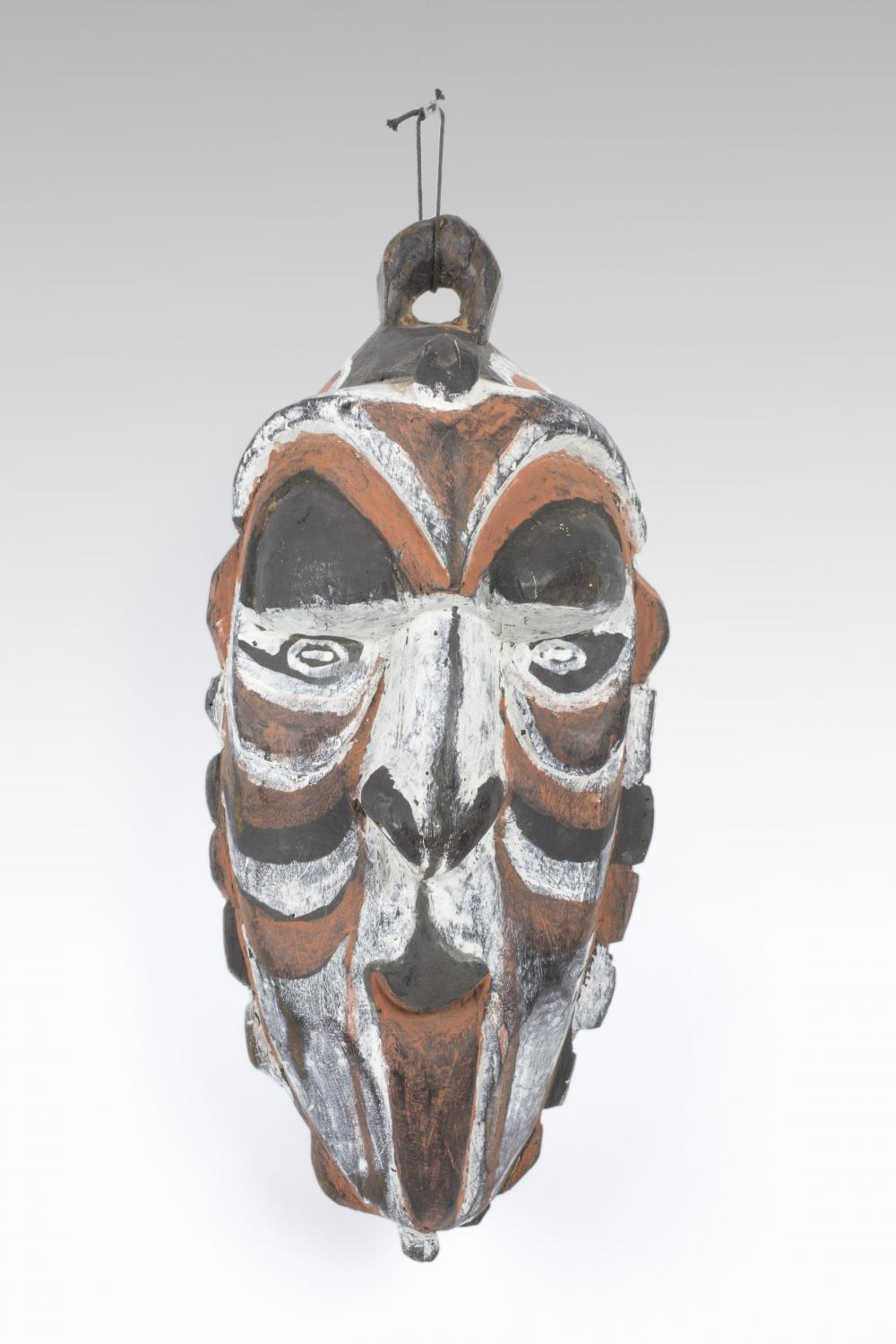Mask, 20th c., New Guinea, Melanesia