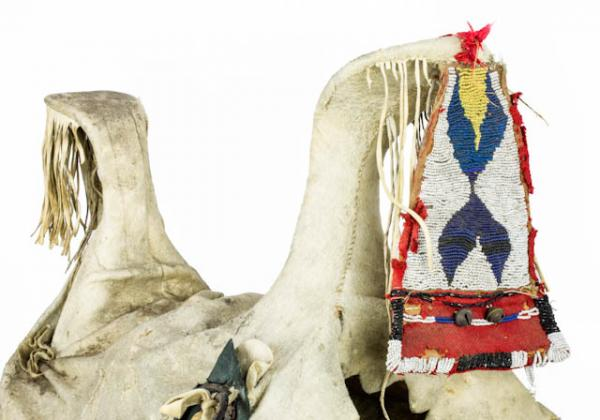 Maker Unknown (Apsáalooke, Crow), Woman's saddle with stirrups (detail), late 19th or early 20th century