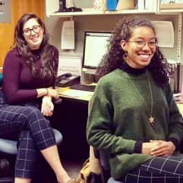 On Fridays we wear matching pants! Interns Mollie Wohlforth '19 and Relyn Myrthil '19 bringing their style a-games to the @mhcartmuseum today. Over the next few weeks, we'll be sharing more about what kinds of exciting projects our interns are working on. Stay tuned for more!  #twinning #internshiplife #studentengagement