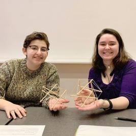 "💥FLASHBACK FRIDAY to a very special #teachingwithart experience: Jessica Sidman's Rigidity Theory class built their own Tensegrity models inspired by MHCAM's Kenneth Snelson sculpture, ""Wing 1"" (1992). Tensegrity is a structural principle coined in the 1960s by architect Buckminster Fuller to describe the unique rigid and flexible elements of Snelson's sculptures."