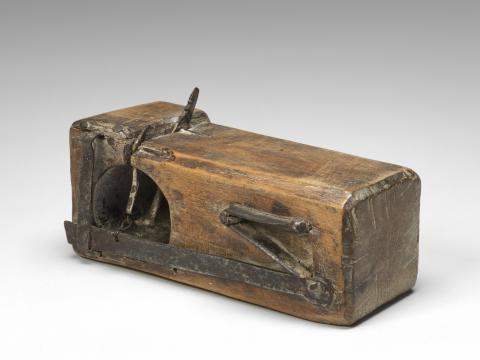 Eighteenth-century mousetrap