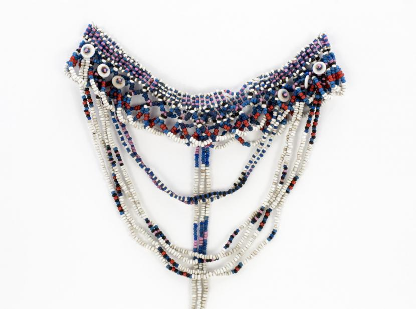 Zulu, Necklace and headpiece