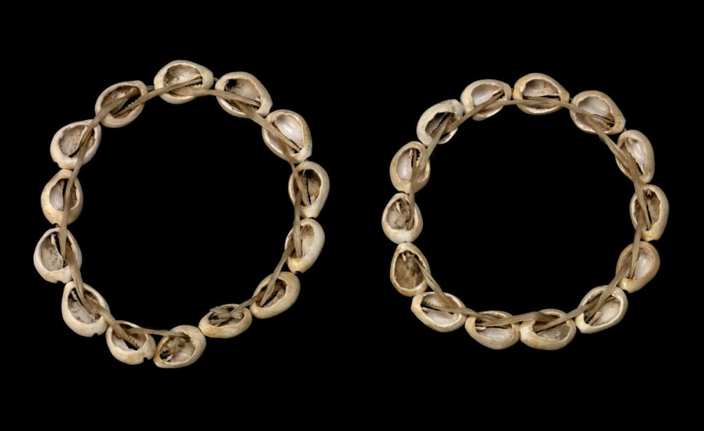 Egyptian, Pair of shell bracelets