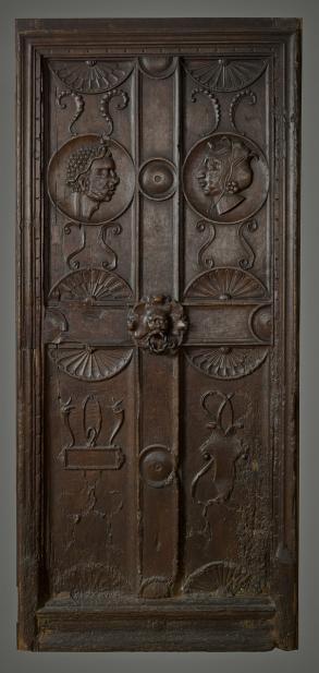 French, Door