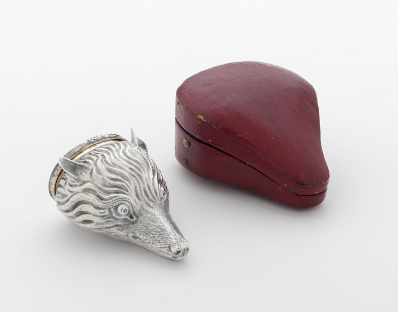 Tye, George, & Kilner, James; Snuffbox in the form of a fox head with case
