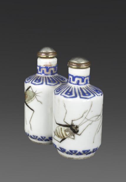 Chinese, Double snuff bottle with crickets