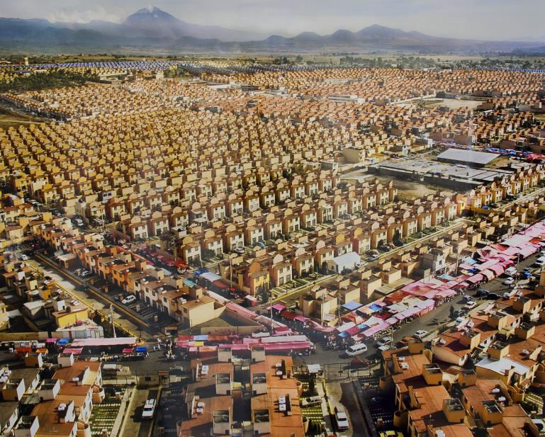 Corona, Livia, 47,526 Homes for Mexico