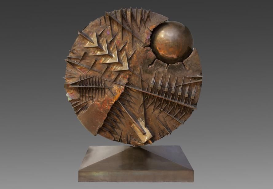 Pomodoro, Arnaldo, Disco con Sfera; Disk with sphere