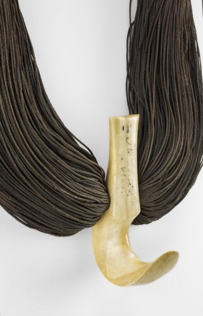 Hawaiian, Whale tooth necklace (lei niho palaoa)