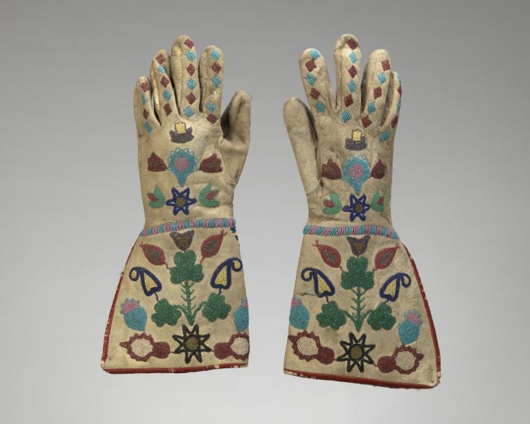 Sioux-Métis, Gauntlet gloves