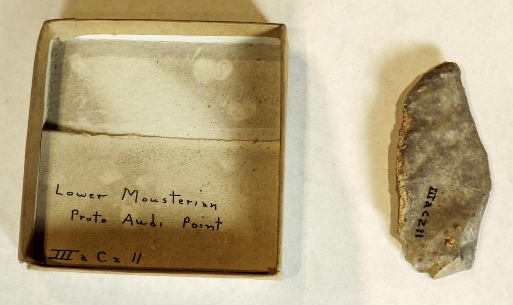Proto audi point, Lower Mousterian (ca. 150,000-40,000 BCE)
