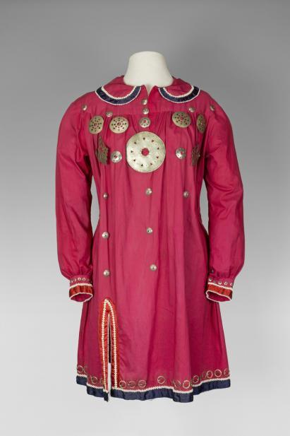 Ron LaFrance (Skaroniate) (Haudenosaunee (Iroquois); Kanien'kehá:ka (Mohawk); American, 1945-1996)), Woman's great shirt, mid-20th century